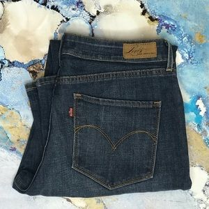 Levi's Bold Curve Classic Bootcut Jeans